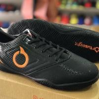 Sepatu Futsal Ortuseight Genesis black