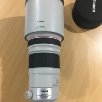 Lensa Canon EF 300mm 1:2.8 L IS II USM / ET -120 (WII) 300mm ,