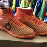 Sepatu Futsal Ortuseight Catalyst Mystique (orange)