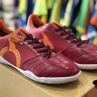 Sepatu Futsal Ortuseight Mirage (maroon)