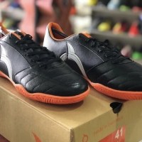 Sepatu Futsal Ortuseight Mirage (black)