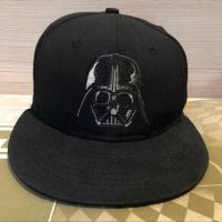 Topi / Snapback New Era Cap Darth Vader Edition size 71/4