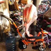 Sepeda Anak Roda Tiga Stroller Exotic Lampu