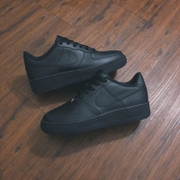 Nike Air Force 1 Low Leather All Black • Original