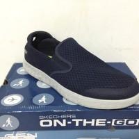Skechers On The Go Glide Navy Original Sepatu Sneakers Slip On Pria