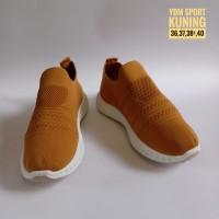 Sepatu Slip On Karet Wanita Import Original