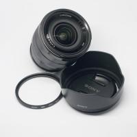 Lensa Sony e-mount 10-18mm f4 OSS