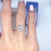 Cincin Berlian lab (lab grown diamond) / roku Cartier model. 1 carat.