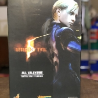 Hot Toys Resident Evil 5 Jill Valentine Battle Suit Version