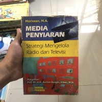 Buku media peyiaran . Strategi mengelola radio dan televisi