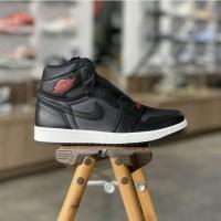 Nike Air Jordan 1 High Satin Black