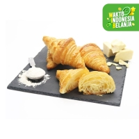 Organic Butter Croissant - SESA Pastry