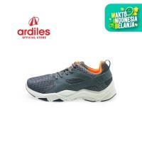 Ardiles Men Scleropta Sepatu Running - Abu Abu