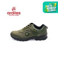 Ardiles Men Beckman Sepatu Running - Hitam Hijau