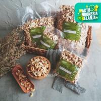 Roasted Cashew Pieces (Kacang Mede Belah 2 Panggang) 500 gr