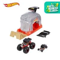 Hot Wheels Monster Trucks Pit and Launch Bone Shaker Play Set - Mainan
