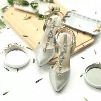 RAINA: Stylish Silver Glitter Now Rp 899.000
