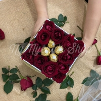 Blooming Box Flower With Ferrero Rocher (4pcs)- FRESH ROSE