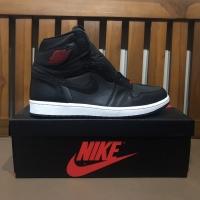 Air Jordan 1 High OG Black Satin Gymred