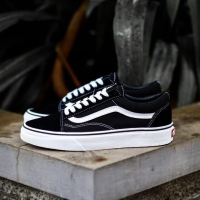 Sepatu Vans Old Skool Black White Original EVB
