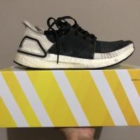 Sepatu Sneakers Running Adidas Ultraboost 19 Black White Original