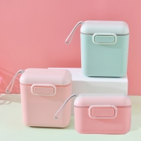 Wadah/tempat susu bayi dan snack (Square L)