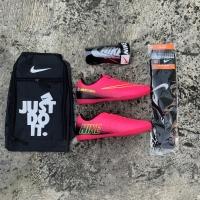 (Paket komplit) sepatu futsal nike mercurial warna pink terbaru bonus