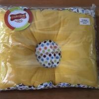 Bantal bayi anti peang polka kuning dialogue
