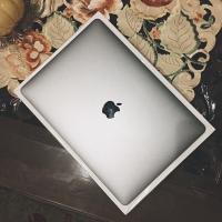 """Macbook Pro 13"""" 256GB 2017 Fullset"""
