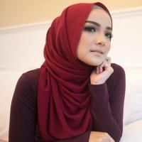 Hijab Ellysha BELLA EXCLUSIVE DRAPPERY SHAWL MAROON
