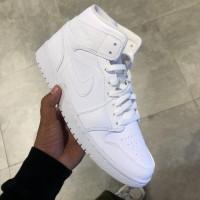 Nike Air Jordan 1 Mid Triple White