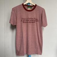 Kaos Vintage Pria Graphic Words Warna Merah