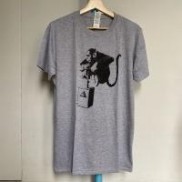 Preloved Kaos Pria Banksy Official Merchandise Abu Abu