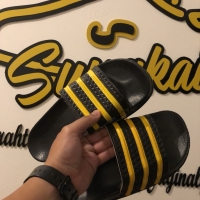 Sendal Adidas Adilette Stripe Yellow
