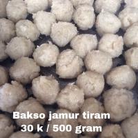 Bakso j ( terbuat dari jamur tiram) + bumbu bakso