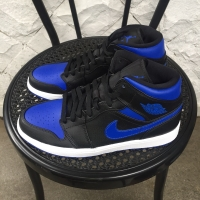 Nike Air Jordan 1 Mid Royal Blue