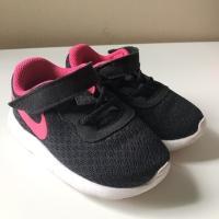 Preloved Original Nike kids sneakers black pink sepatu kets anak
