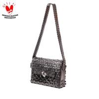 Byo Mailbox Bag Medium in Black