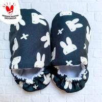 Booties sepatu bayi newborn - 9 bulan unisex