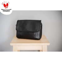 Lincoln Noir - Tas clutch bag from The Daily Smith