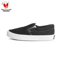 Sepatu Sneakers Gearfourth Snoopy Os Black White