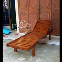 Kursi pantai panjang kayu jati - kursi kolam renang/ taman free