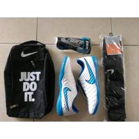 PAKET LENGKAP sepatu futsal Nike