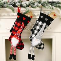 Gantung Bentuk Kaos Kaki Untuk Dekorasi Natal
