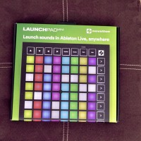 Novation launchpad mini mk3 pad controller