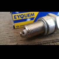 Busi EYQUEM perancis IMPORT not NGk BP6ES Suzuki Side kick 95-00 1.6cc