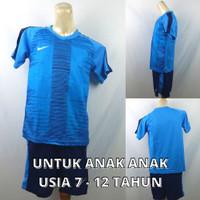 Setelan Baju/Kaos Sepak Bola/Futsal Dri-Fit Print Kids/Anak Nike 8