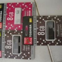 flashdisk Toshiba size 8 Gb
