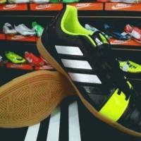 Sepatu futsal  Adidas Nitrocharge 3.0 Hitam Volt