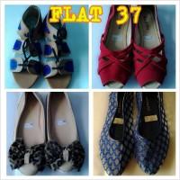 FLAT SHOES 37